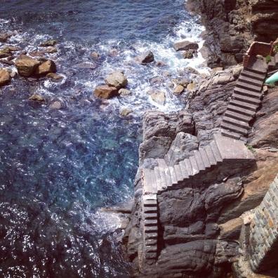 steps into the sea, Riomaggiore