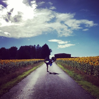 sunflower yoga in Tuscany
